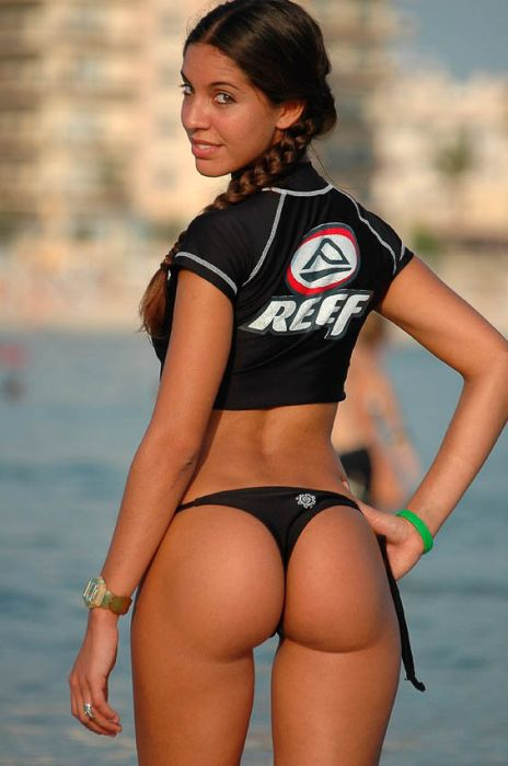 Miss Reef 2011 Bikini Contest